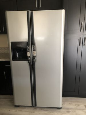 Kitchen and laundry appliances (6 set) for Sale in Sunrise Manor, NV