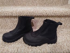 New Women's Size 7.5M Land's End All WEATHER Boots [Retail $139] for Sale in Woodbridge, VA