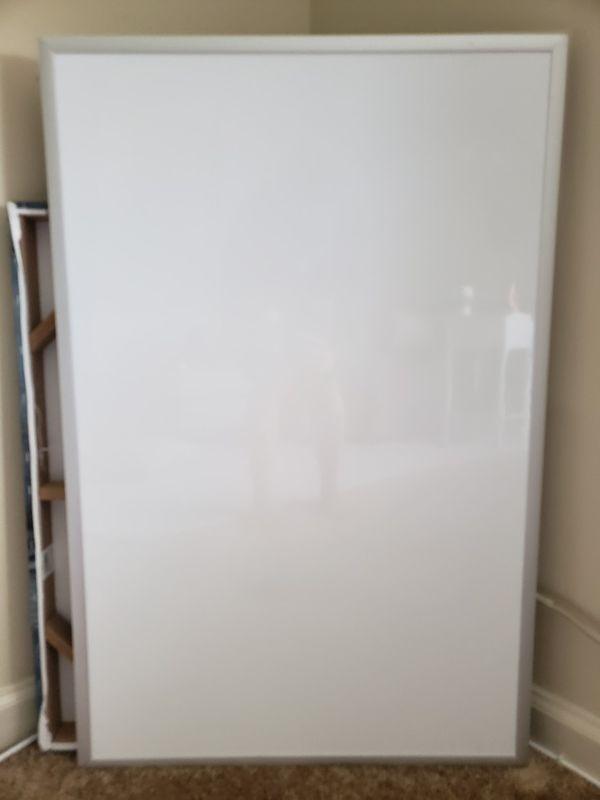 Whiteboard 2x3ft