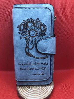 Sunflower wallet for Sale in Los Angeles, CA