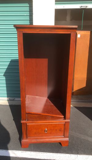 2 matching bookshelves for Sale in Claremont, CA