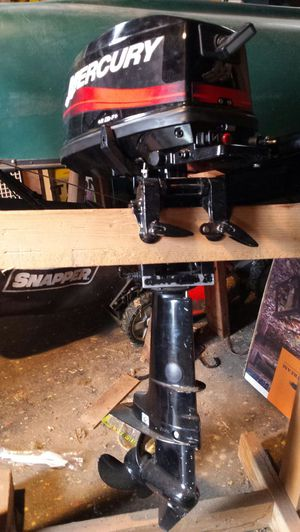 5 HP Mercury outboard boat motor for Sale in Eighty Four, PA