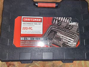 Craftsman 220 pc mechanics tool set with case for Sale in Cary, IL
