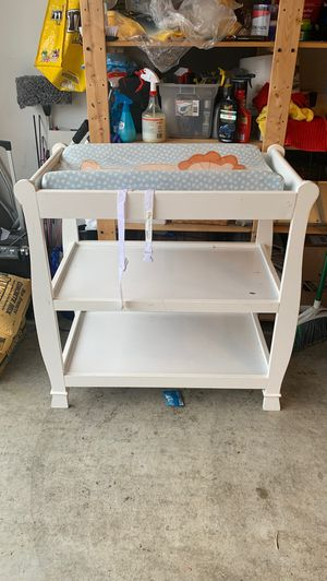 Changing table for Sale in Bonney Lake, WA