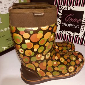 Bogs rain boots size 10 for Sale in Dublin, OH