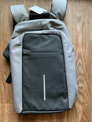 Laptop Backpack Laptop Bag with in-Build USB Charging Port for Work - Grey. Can fit 15.6 inch laptop for Sale in Allen, TX