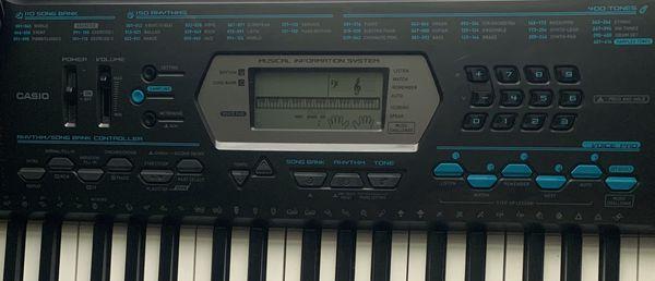 Casio CTK-2100 Piano Keyboard
