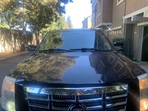 2007 Cadillac esclate runs good clean title no accidentt for Sale in Fremont, CA