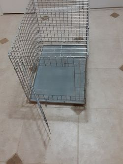 Kennel , Collapsible, Crate for Sale in Matthews,  NC