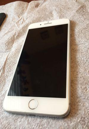iPhone 8 Plus for Sale in South El Monte, CA