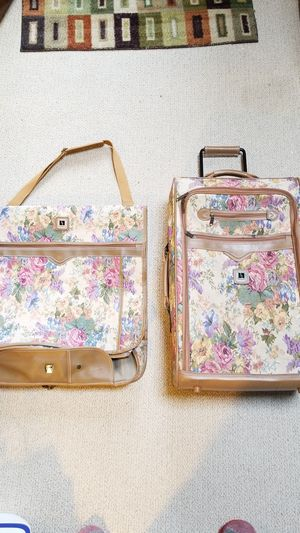 Tan and Pink Floral 2 Piece Luggage Set, Rolling Suitcase and Garment Bag for Sale in Palos Hills, IL