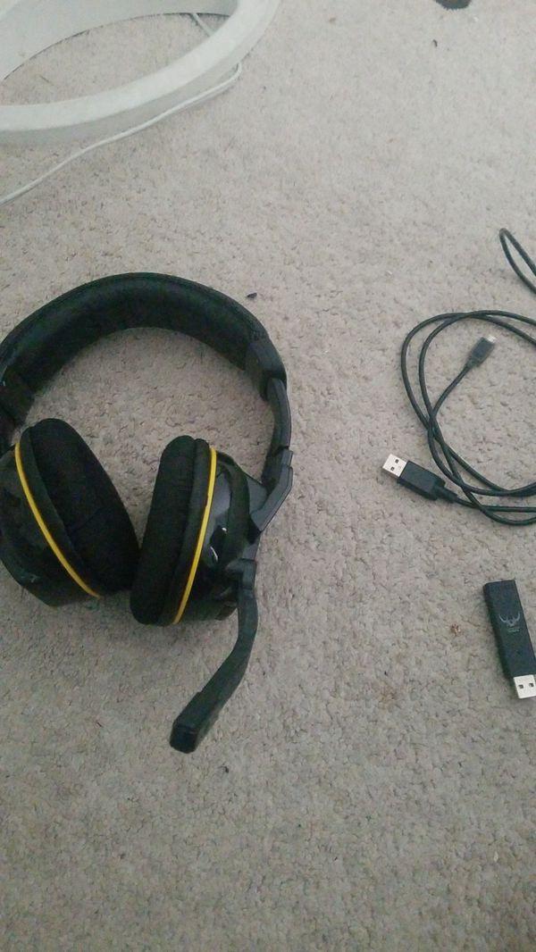 Wireless pc gaming headset