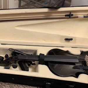 4/4 Size Violin for Sale in Kansas City, MO