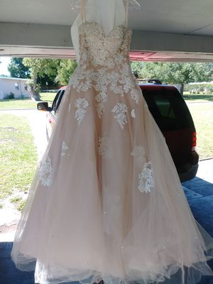 Quinceanera Dress Size 8 for Sale in Lakeland, FL