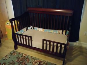 Baby Crib with mattress for Sale in Lake Worth, FL