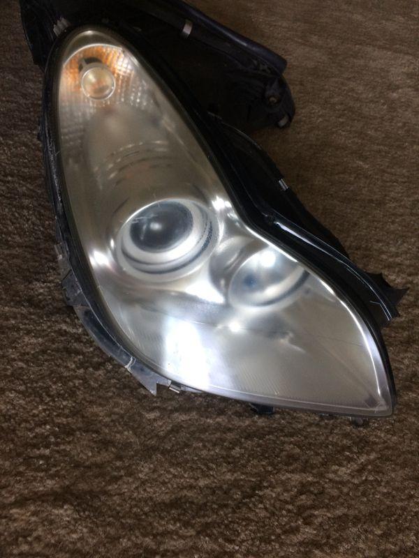 Right headlight CLS500