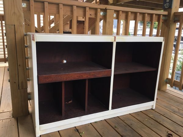 Real wood entertainment unit/record player holder