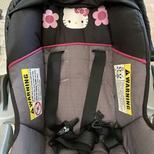 Free Baby Trend Car seat With Base - Hello Kitty for Sale in South Gate, CA