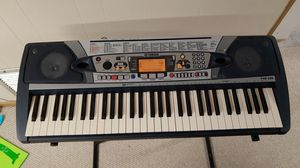 Yamaha keyboard for Sale in Downers Grove, IL