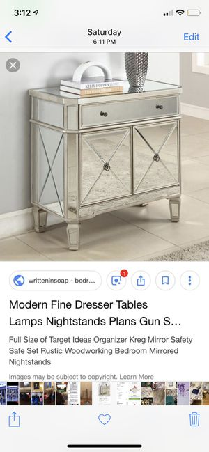 Mirrored side table nightstand for Sale in PECK SLIP, NY