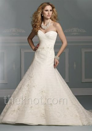 Wedding Dress - size 12 (street size 8) never worn, never altered James Clifford J21260 for Sale in Alexandria, VA