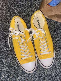 Converse Yellow Sz 10 for Sale in Edmond,  OK