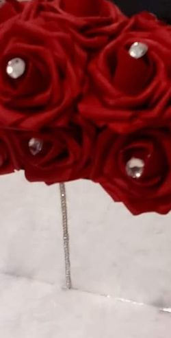 Mirror Box w/Red Roses for Sale in Peoria,  IL