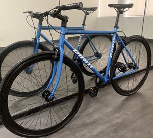 Road bike / fixie bicycle for Sale in Los Angeles, CA