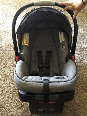 Graco car seat with base for Sale in Chula Vista, CA