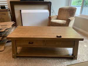 Coffee Table - honey color solid wood for Sale in Placentia, CA