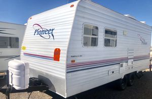 2003 Pioneer 18ft Trailer Camper Lite for Sale in Mesa, AZ