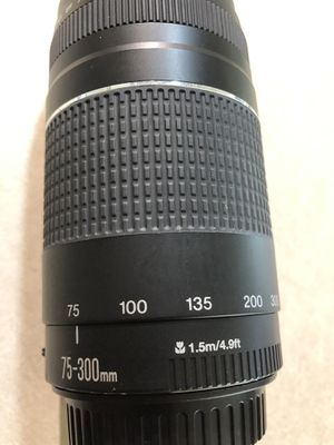 Canon Len 75-300mm $85.00 for Sale in Dallas, TX