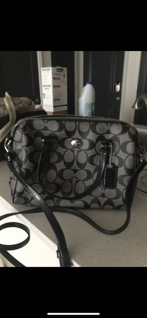 Coach Shoulder Bag for Sale in Atlanta, GA