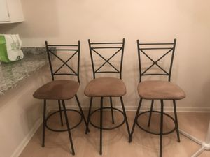 3 bar height stools for Sale in Rolling Meadows, IL