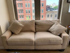 Couch with 2 pillows for Sale in Washington, DC