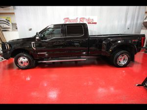 2017 Ford Super Duty F-350 DRW for Sale in Evans, CO