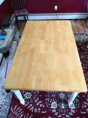 Large kitchen dining table with 4 chairs for Sale in Damascus, MD