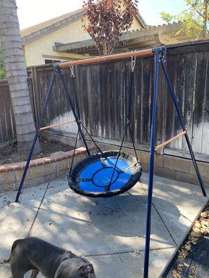 Super Deal Saucer Roper Swing Set for Sale in Upland, CA