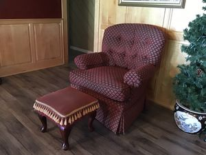 Haverty's Chair for Sale in Henderson, TX