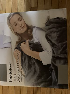 Brookstone gray weighted blanket for Sale in Sterling, VA