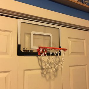 Skilz Over Any Door Basketball Hoop for Sale in Gig Harbor, WA