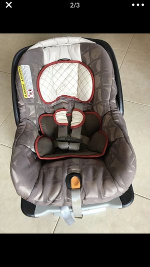 Chico infant car seat for Sale in Wellington, FL