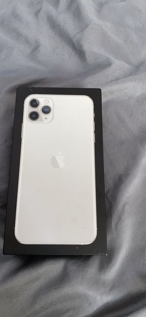 iPhone 11 pro max 512 unlocked for Sale in Annandale, VA