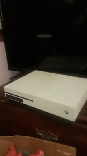 Xbox one. for Sale in Cleveland, OH