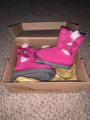Hot Pink Uggs for Sale in Hyattsville, MD