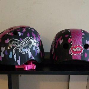 Girls Bike Helmet for Sale in Upper Marlboro, MD