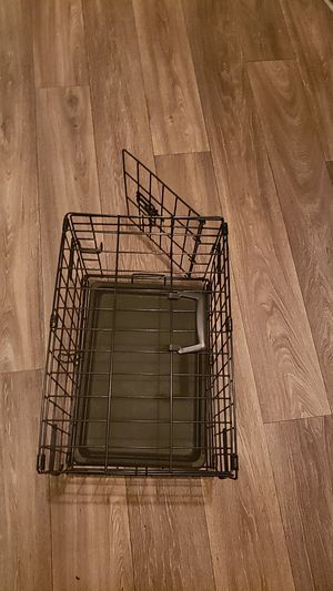 Small dog cage for Sale in Columbia, SC