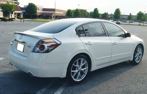 Quality car2007 Nissan Altima Spotless interior for Sale in Pittsburgh, PA