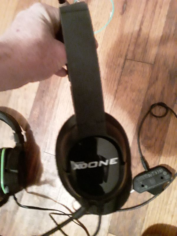 Xbox one head sets