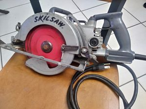 Skilsaw worn-drive circular saw. for Sale in Miami, FL